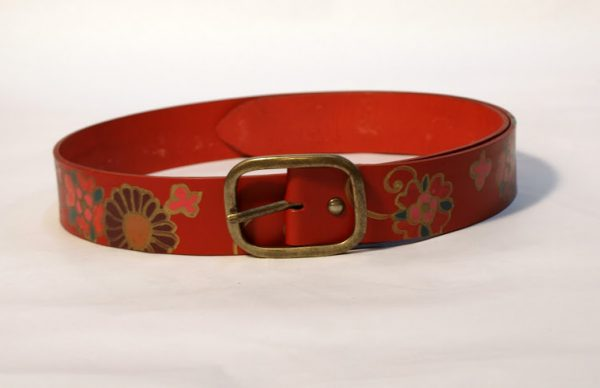 belt red flower