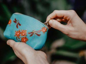 Dragonflies Change purse
