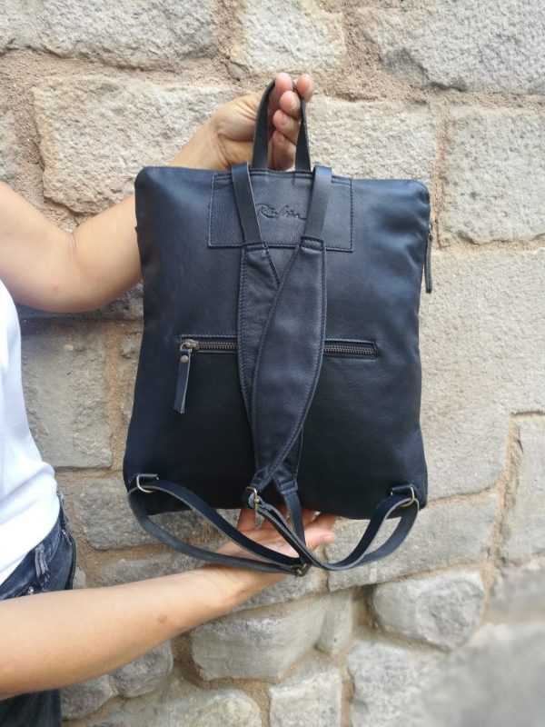 backpack-black leather rossymina