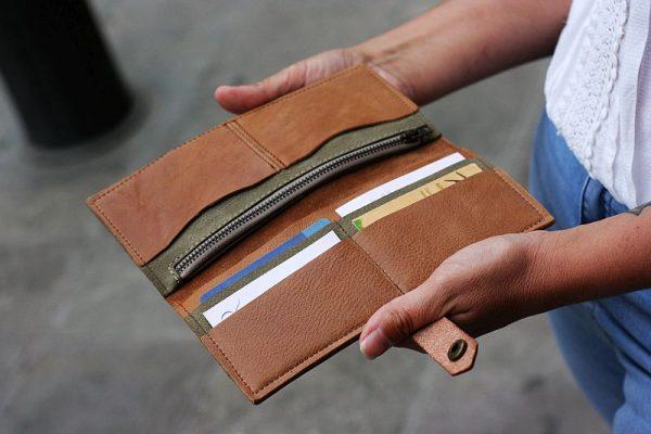tan large wallet