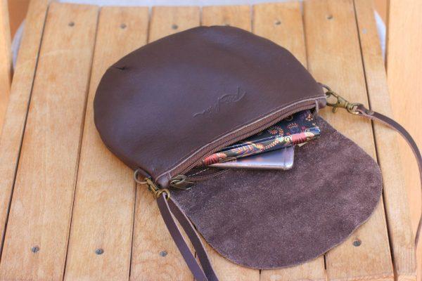 inside round bag