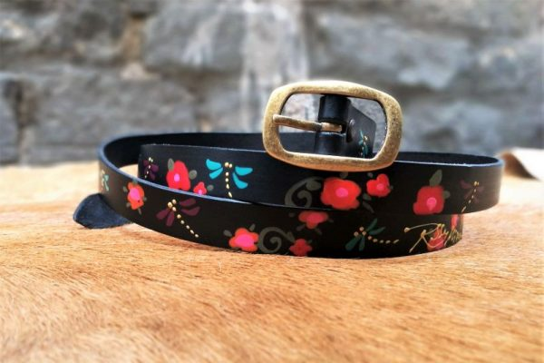 belt black dragonflies