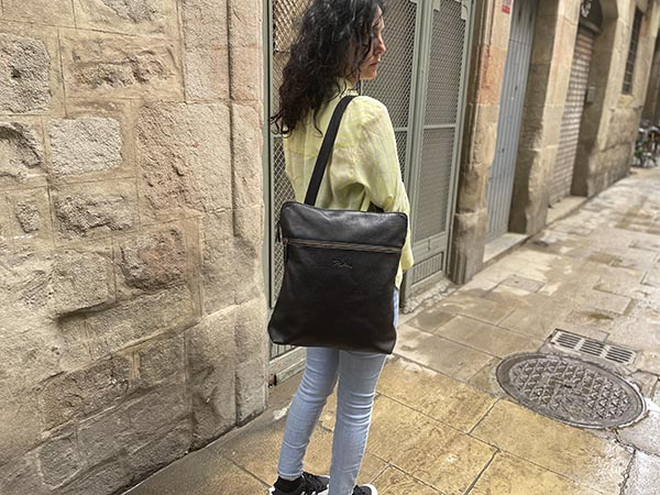 black leather convertible backpack to tote Rossymina