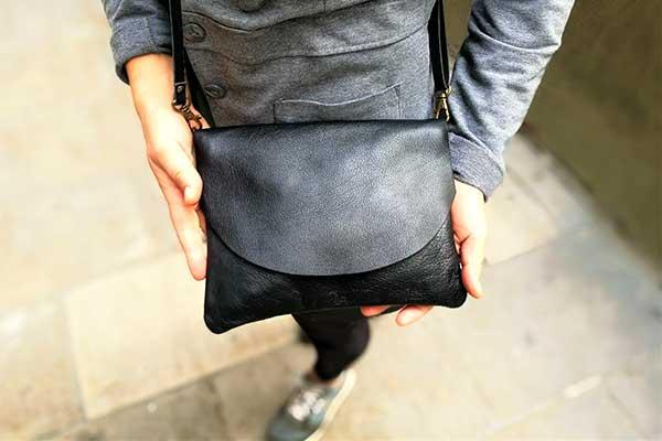 black leather bag rossymina